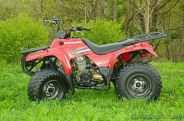 should a manual suzuki quad always be in gear